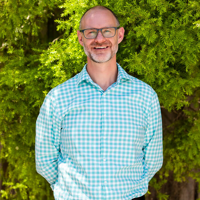 Dr Cameron Martin